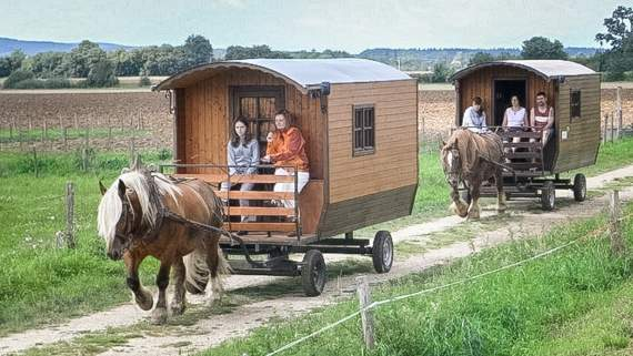Gypsy-style caravanning in Franche-Comté
