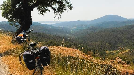 With E-Bike through the hinterland of the Riviera