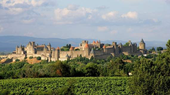 Self-guided city tour in Carcassonne