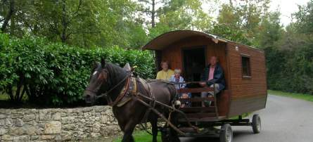 Gypsy caravaning in Gascony